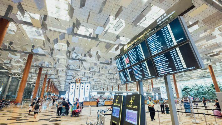 Cancelamento e reembolso de passagem aérea: conheça seus direitos